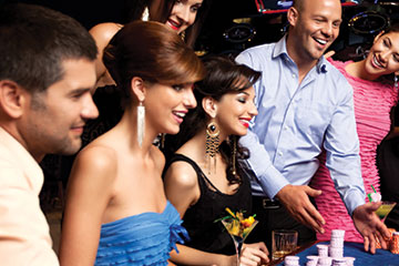 GIVE YOUR CASINO PARTY A CLASSIC LOOK